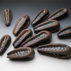 Fallen_beans_DSC_0886_-lores
